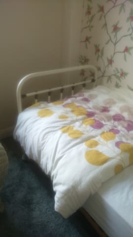 Scenic spot surrounded by fields ! - Haworth - Penzion (B&B)