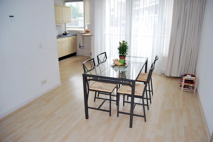 Nice and bright 2-bedroom 100m2 apartment
