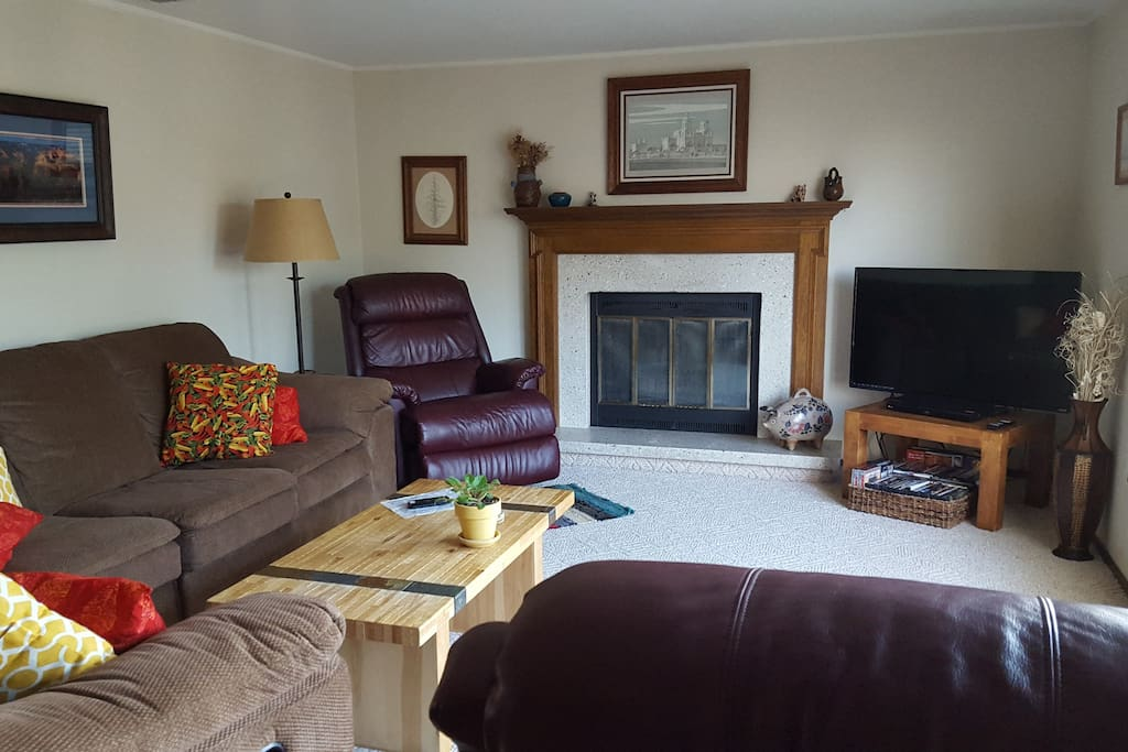 Large comfortable living room with TV and DVD player