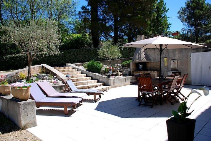 Spacieux bas de villa en Provence à - Pierrevert - Pis