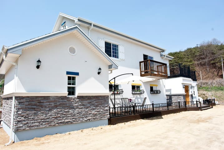 ANDONG GEUST HOUSE YUGUINONG 유귀농 게하 - Andong-si - Guesthouse