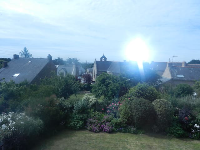 séjour-cuisine 3 chbres sur jardin - Sarzeau - Apartamento
