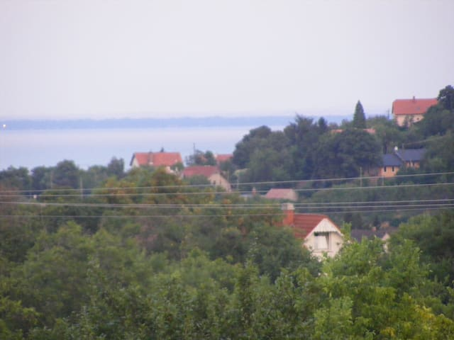 Balatonalmádi panoramic house