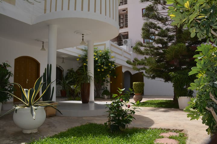 GUEST HOUSE 1