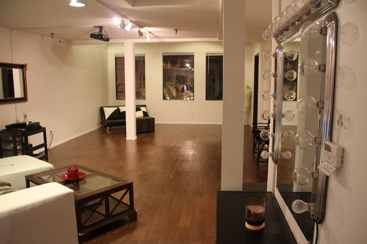 Loft for stay and Photography - Carson - Loft