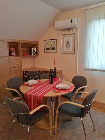 Studio apartment - 2 guests - Koprivnica