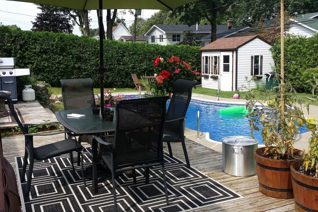 pool deck hot tub bbq