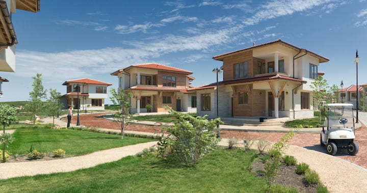 Three Bedroom Villa, located in Lighthouse Golf