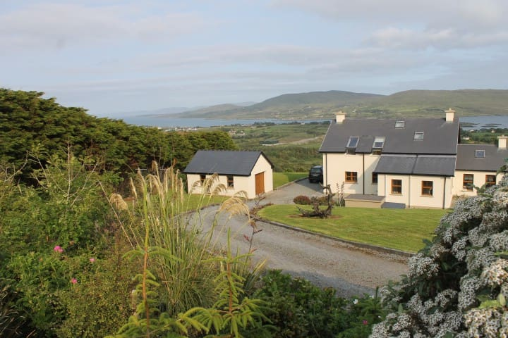 Stunning hideaway in West Cork - entire house - Castletown-Bearhaven - Haus