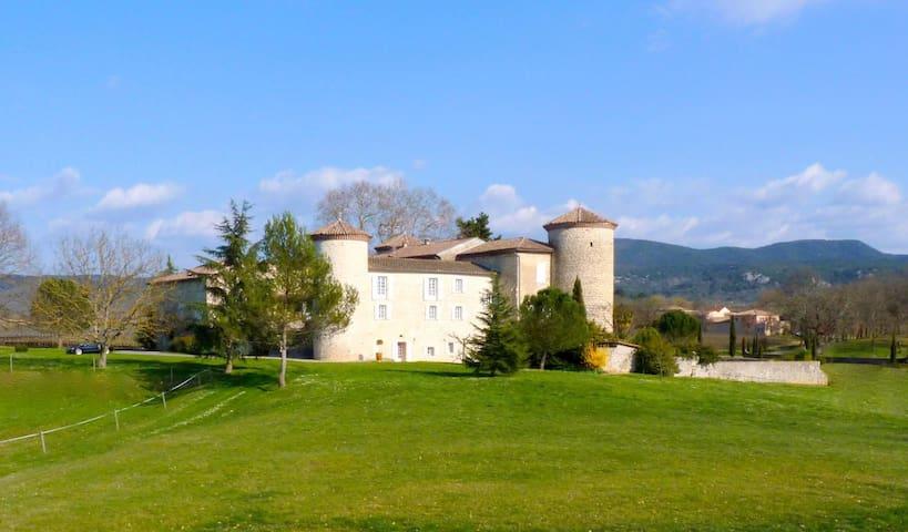 Gîte au château de la Selve - Grospierres - Apartament