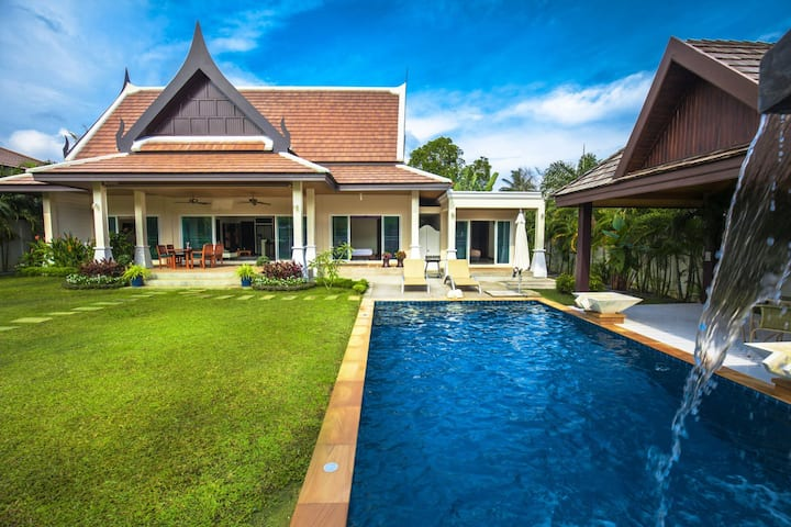 Relaxing Garden Villa with your own Pool