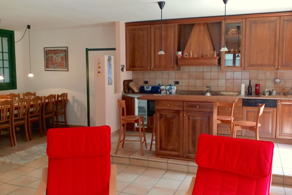 Ingresso e Cucina - Entrance and Kitchen