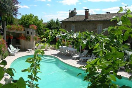 Chambres d'hôtes au Domaine - Quincié-en-Beaujolais
