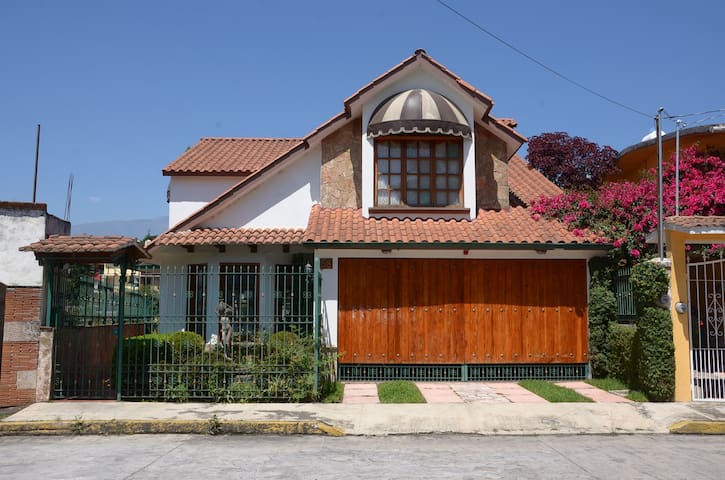 Charming house in Magic Town Coatepec, Ver. - Coatepec - Hus