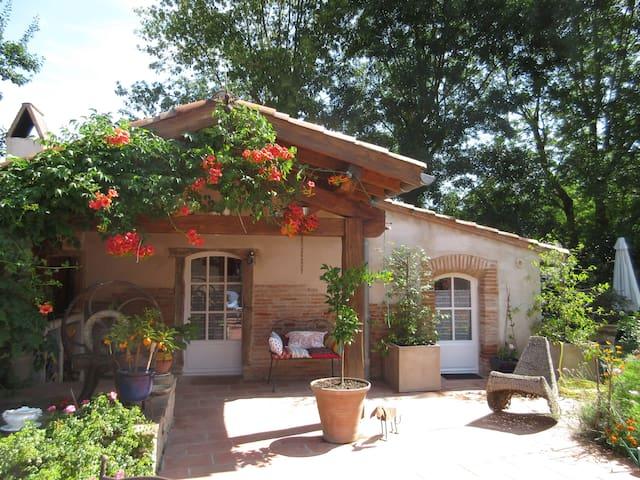 Petite maison de charme - Gragnague - Дом