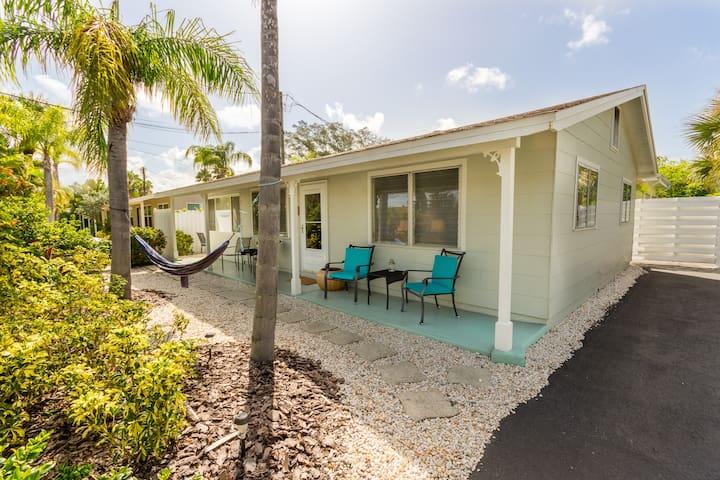 Charming Lido Cottage  - Sarasota - Hus