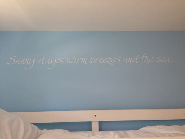 Wall Decal.  Sunny Days, Warm Breezes, and the Sea...