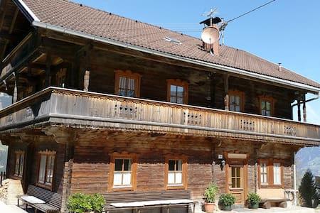 Altes Bauernhaus am Gerlosberg - Hainzenberg - Chalet