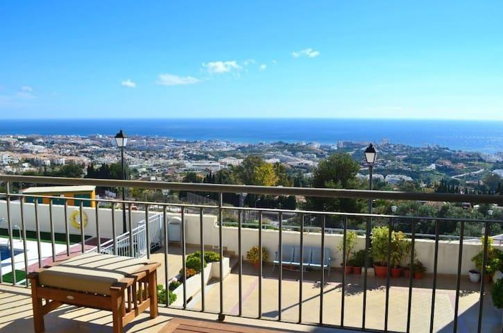 Casa Joca, with fabulous sea view! - Benalmádena - Apartment