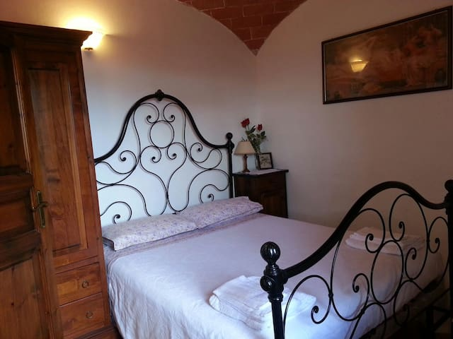 TUSCANY OLD HOLIDAYS - Monteverdi Marittimo - Appartement