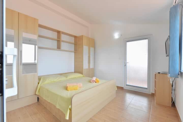 TONI HOUSE SEVID- Apartment