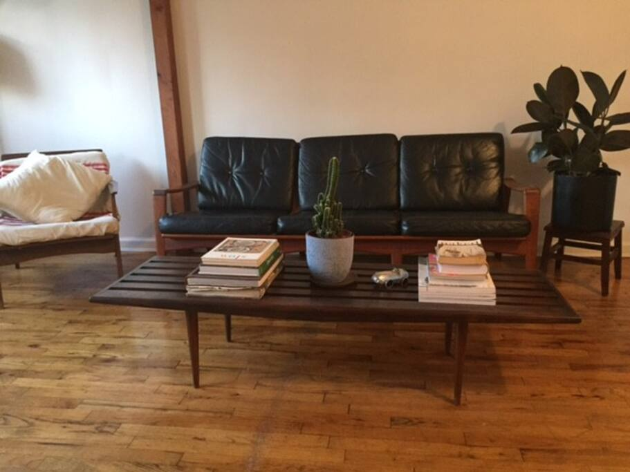 Sofa and coffe table