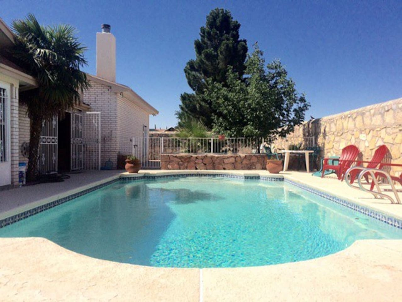 Private Back-yard Pool with Sauna access for AirBnB guests, open season is May-October.