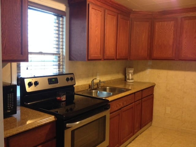Gorgeous 2 BR apartment!! - Washington - Apartment