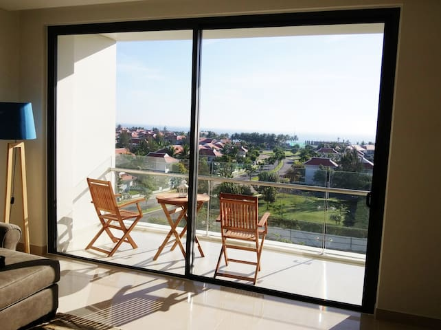 Da Nang luxury flat with spectacular ocean view - Hoa Hai Ward - Daire