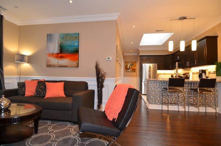 Spectacular Upscale Condo Dwtn #205 - Hamilton - Condominium