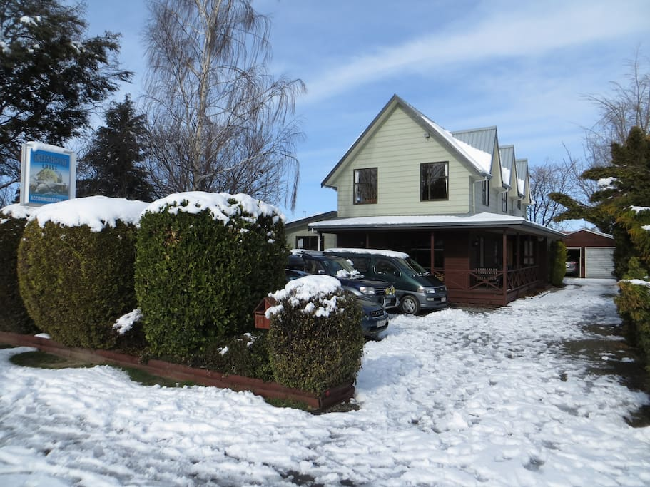 Greenhouse Ski Lodge Apartments For Rent In Methven