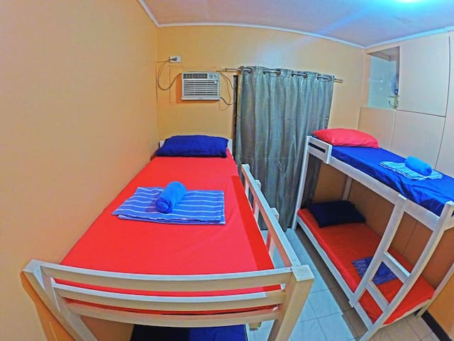 Hey Fellas (4-Beds Mixed Dorm) - Cebu City - Rumah