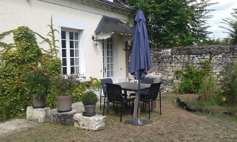 Catalpa's guest house - La Chapelle-sur-Loire - House