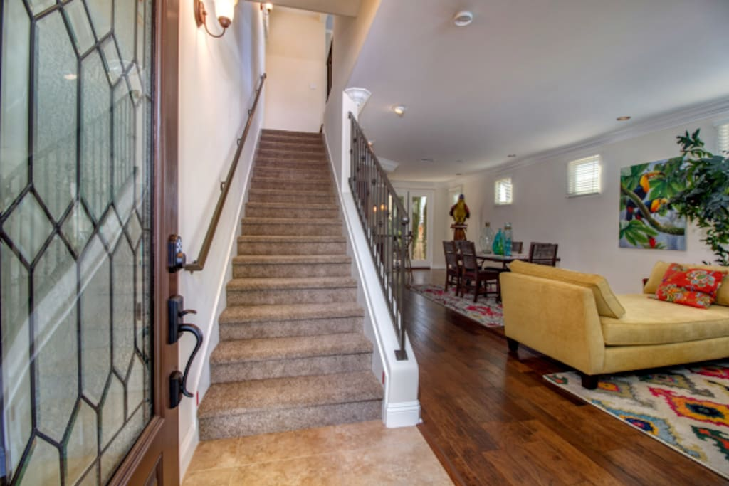 Welcome to our Quiet Beach home! Inviting home with newer  floors for your wonderful San Diego, vacation or work memories.