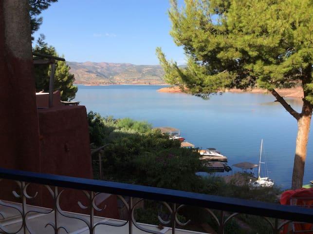 appartement dans un lac de reve - Azilal - Apartament