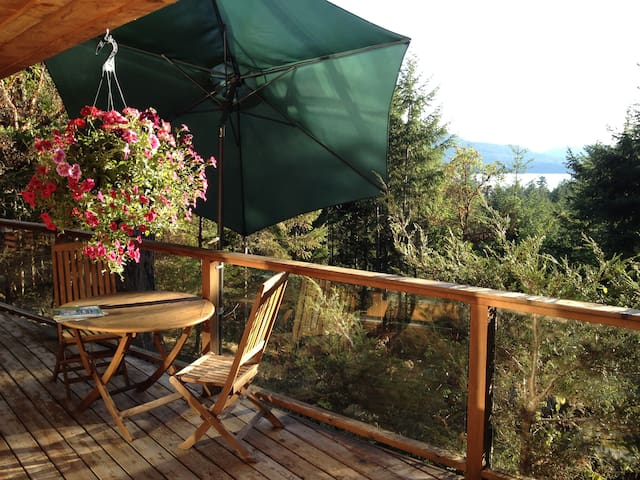 Sunset Suite in Vesuvius - Salt Spring Island - Byt