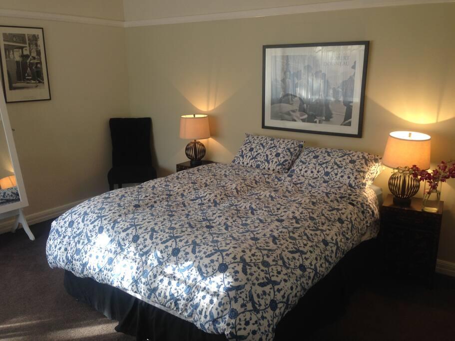 Lovely bedlinen, sunny, north-facing bedroom