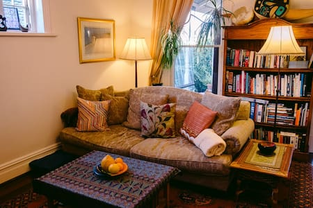 Room in Charming Cottesloe Home - Cottesloe