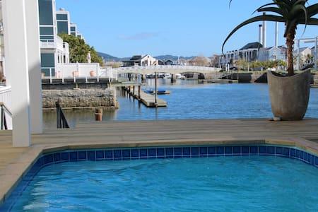 Thesen Island  water lifestyle - Knysna