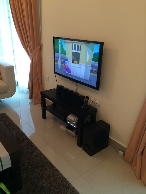 Newly installed tv set/sound system/ dvd player and wireless internet
