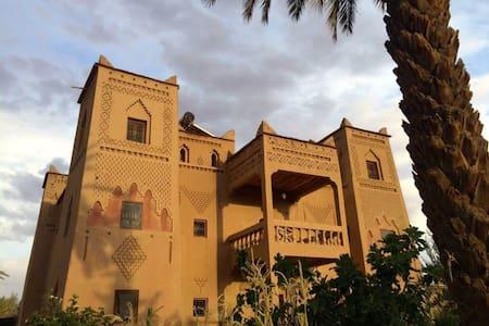 kasbah dar essalam skoura - Skoura
