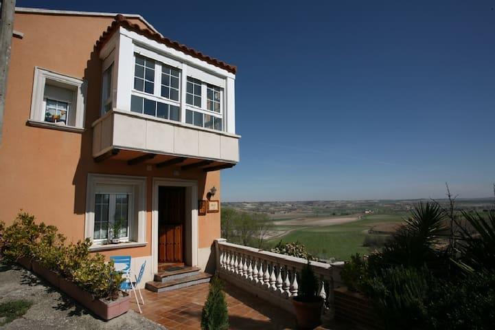 Casas Rurales en  Ribera del Duero - Villafuerte - Rumah
