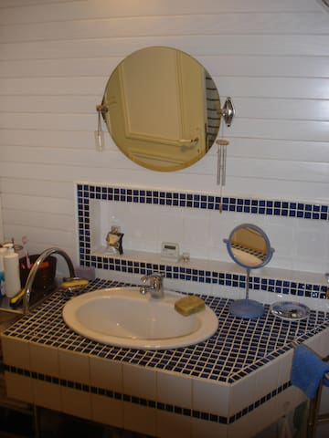 chambre agréable et confortable - Gouy-Sous-Bellonne - Maison