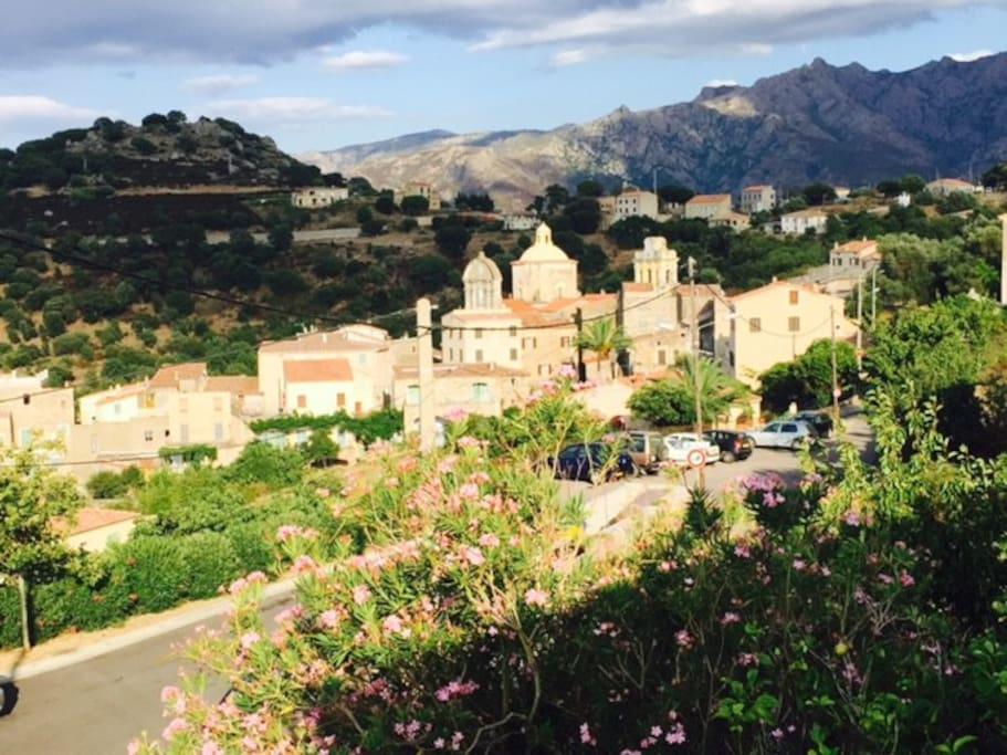 Vue sur le village de Cateri