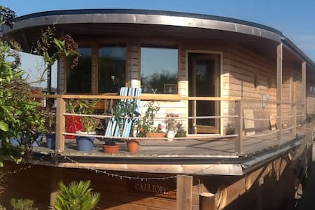 Houseboat sleeps 6 near Brighton - Shoreham-by-Sea - Vene