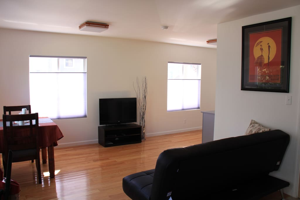 Spacious 1 Bedroom With Garden In Sunny Noe Apartments