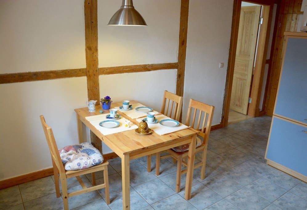 Essbereich in Wohnküche