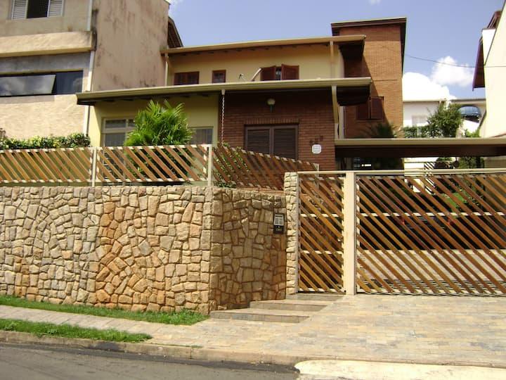 Excelente Localização-Great Location and Comfort