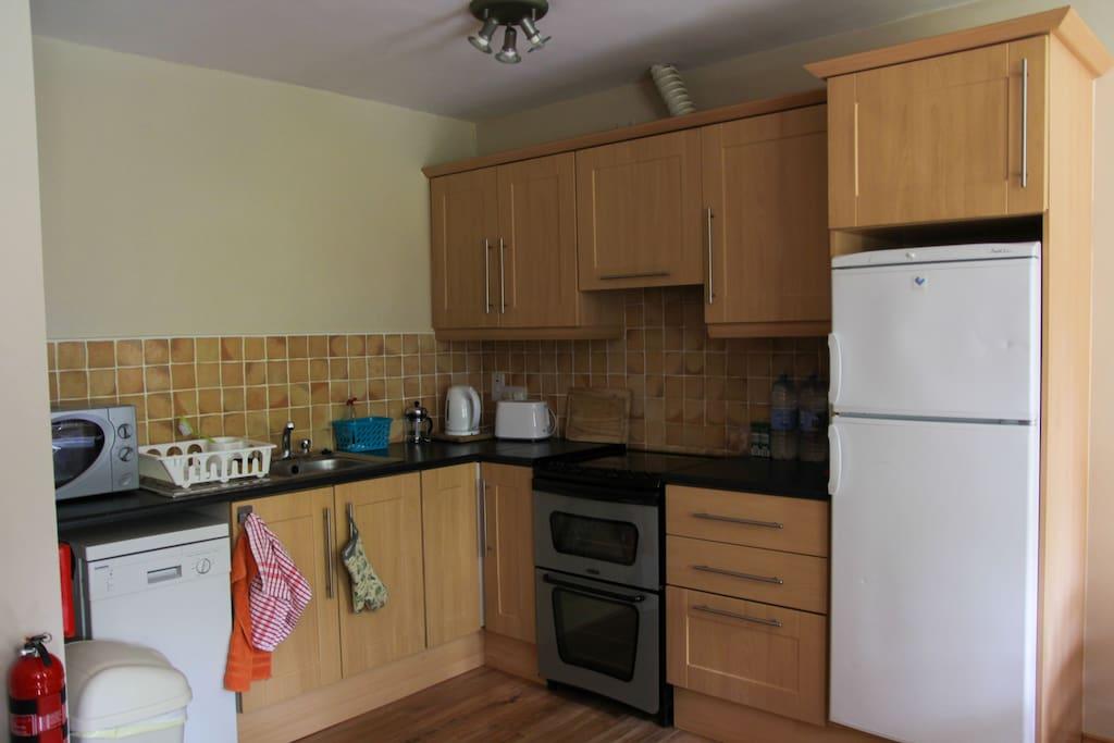 Fully equipped kitchen, hob/oven, fridgefreezer, dishwasher etc