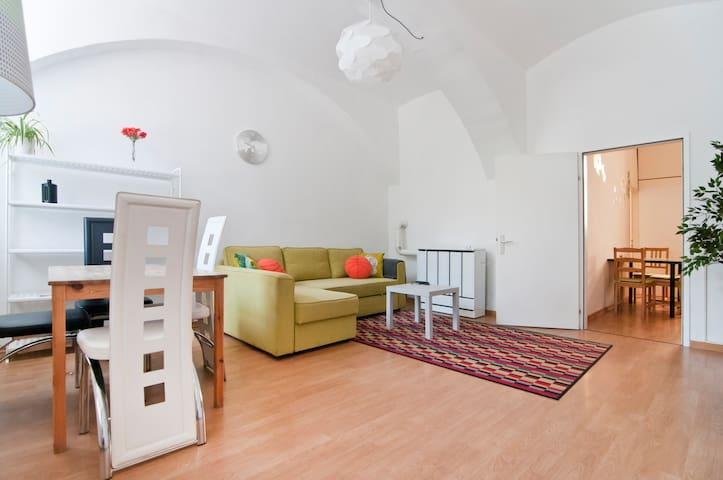Basic River Apartment Vienna